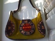 Замшевую сумку из Перу