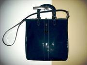 продаю новую итальянскую сумку Blugirl лаковая синяя