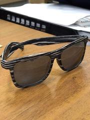 Продам швейцарские солнцезащитные очки invu B 2637 C